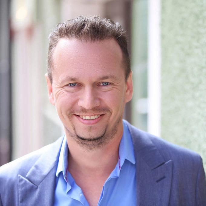 Juha-Petteri Kukkonen, luova johtaja, Kaslink