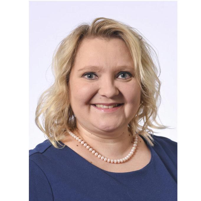 Suna Kymäläinen, kansanedustaja, liikenne- ja viestintävaliokunnan pj