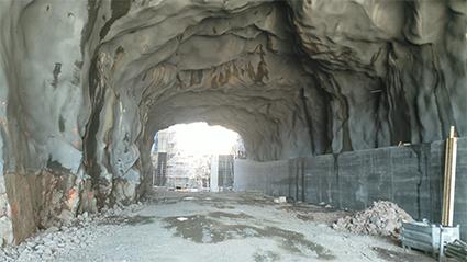 Kimolan kanavan kalliotunneli on peräti 72 metriä pitkä.
