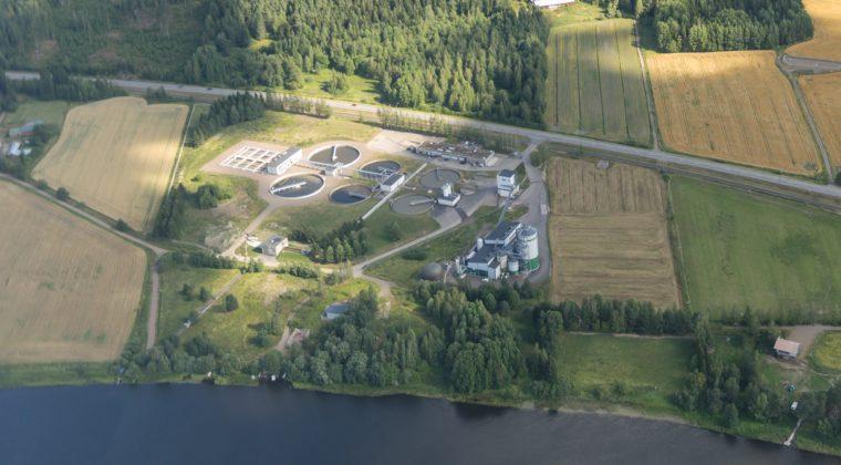 Mäkikylän biokaasulaitos ja jätevedenpuhdistamo (Lentokuva Vallas, 2014)